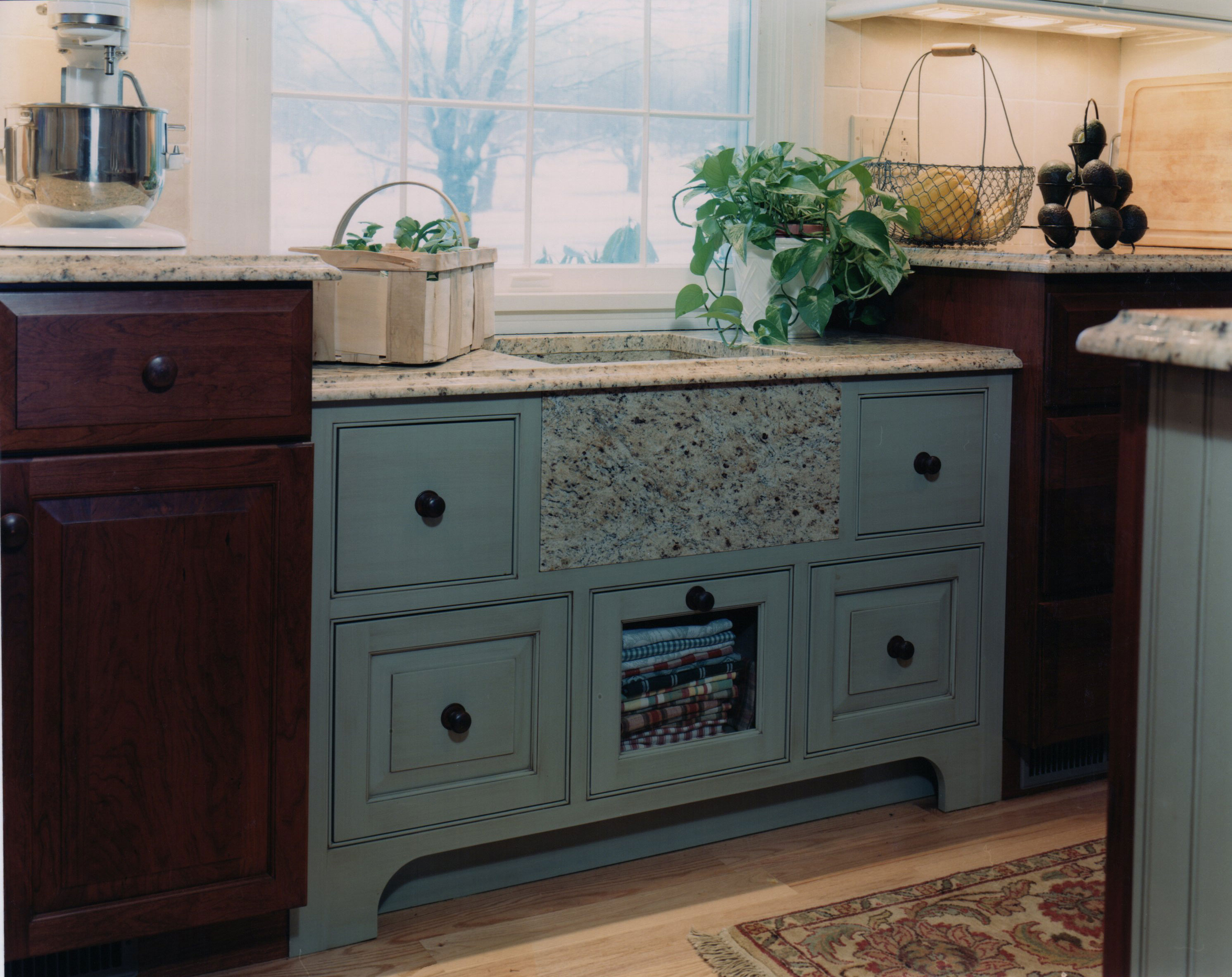 Currier Kitchens and Baths Country Kitchen Farmers Sink
