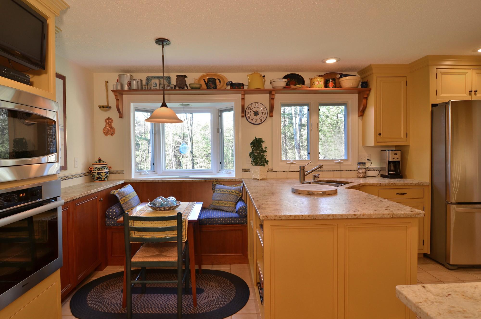 storybrook kitchen nook | currier kitchens