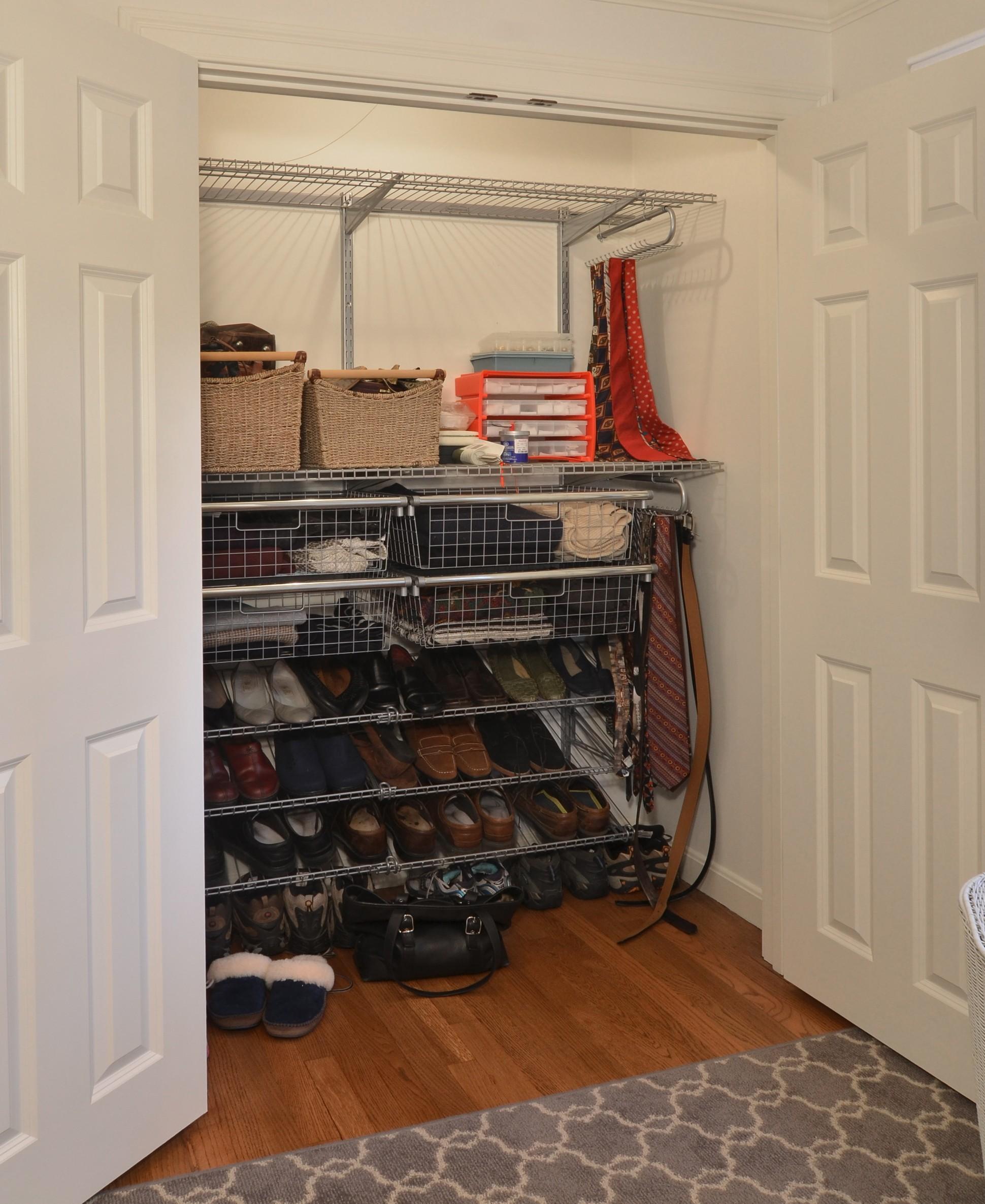 storybrook small closet | currier kitchens